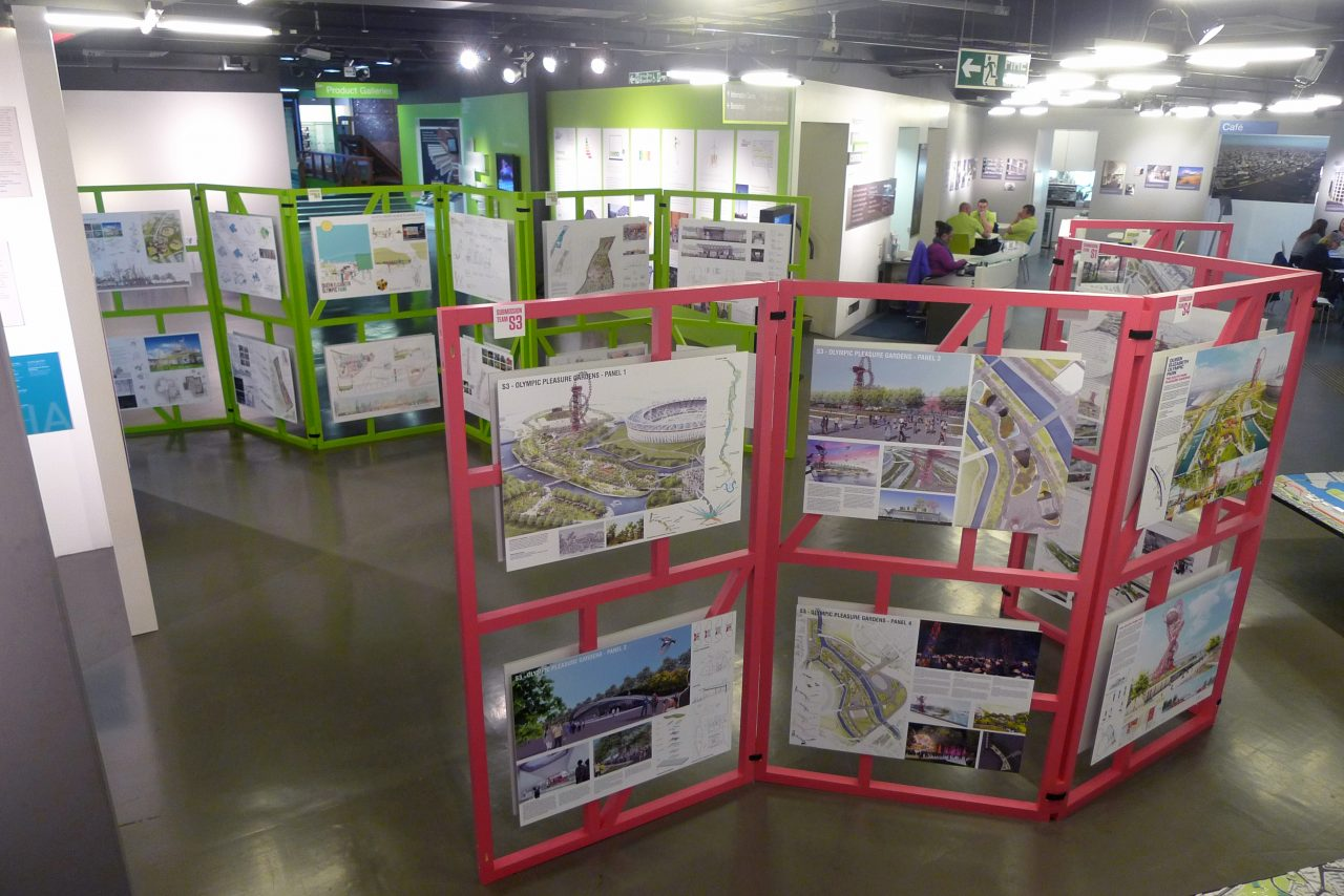 Modular Exhibition Stands Job : Modular display frames mobile studio architects