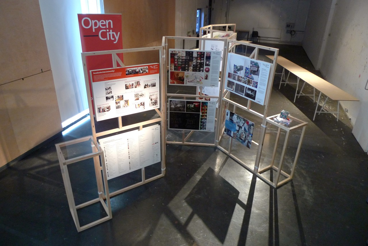 Modular Exhibition Stands London : Modular display frames mobile studio architects